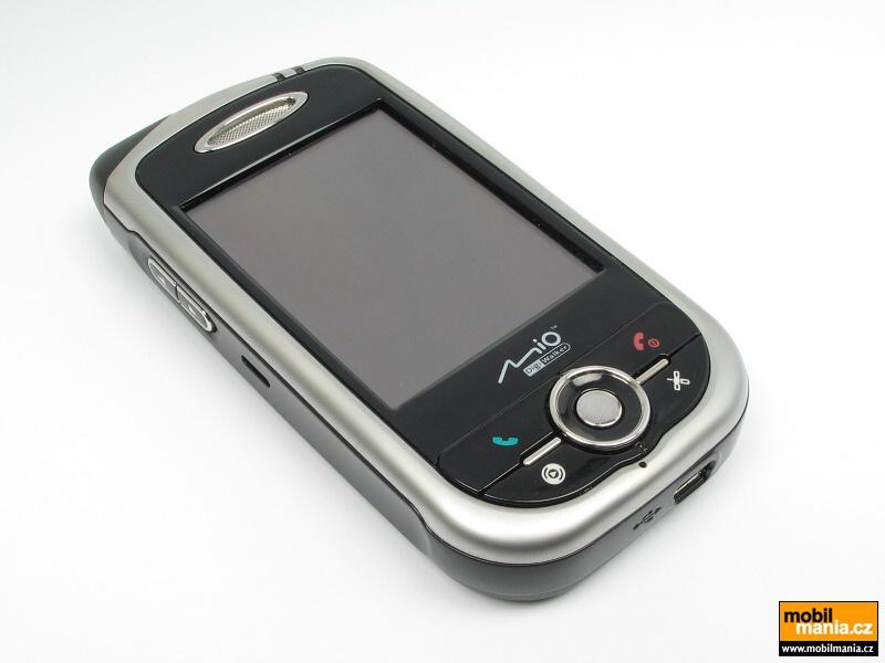 Recenzia Mio A701: komunikátor s oknami a GPS
