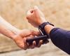Česká spořitelna spouští Garmin Pay a Fitbit Pay. Podporuje tak všechny dostupné služby pro placení hodinkami