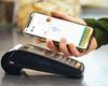 Platby mobilem jsou v Česku čím dál oblíbenější, využívá jich už třetina lidí