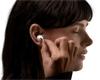 Zcela bezdrátová sluchátka se stávají nejoblíbenějším příslušenstvím k mobilu. Prodalo se jich 33 milionů
