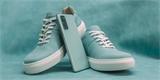 Když chcete, aby boty ladily s mobilem. Samsung spojil síly s českou značkou Vasky
