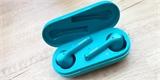 Zcela bezdrátová sluchátka Honor přinášejí známý design a hybridní potlačení hluku