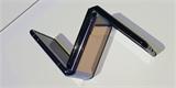Samsung začal v Česku prodávat Galaxy Z Flip, první novodobé skládací véčko