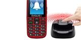 Evolveo má hloupý telefon s chytrým stojánkem. Senioři ho tak snadno nezašantročí