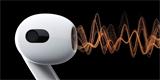 Apple AirPods 3: nový design, delší výdrž a prostorový zvuk