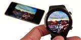 Vychytávka jménem OneHop. Mobilem vyfotit, hodinky přiblížit a už máte nový ciferník