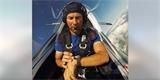Pilot otestoval chytré hodinky při akrobatickém letu. Co naměřily?