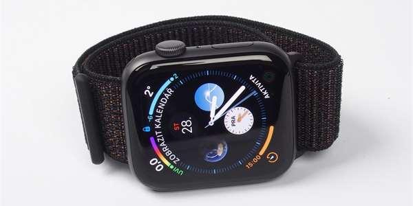 88b62512ccc RECENZE  Apple Watch Series 4 — o parník před konkurencí – MobilMania.cz