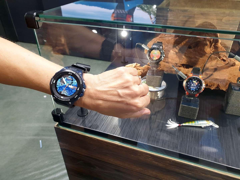 Casio Pro Trek jsou odolné hodinky se dvěma displeji. Když vypnete ... 053a2714014