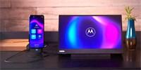 Motorola Moto G100 zastoupí i počítač. Stačí ji připojit k monitoru