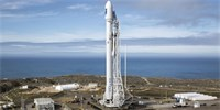 Úspěšná premiéra nové zásobovací lodi SpaceX