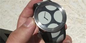 593af9a8b38 Sony zítra začne prodávat nové hodinky. Neumí skoro nic a stát budou až 20  tisíc